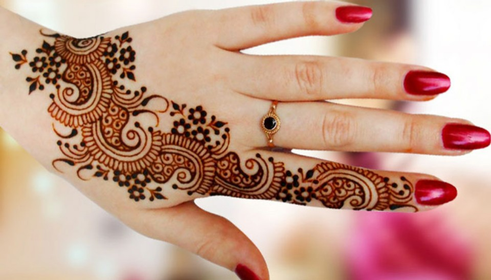 Crash Course on Mehandi Designing