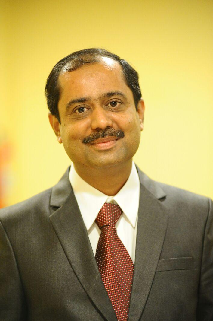 Dr Sushil Kulkarni i